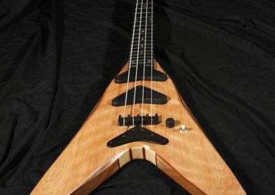 Chris Larkin Vee-II Bass