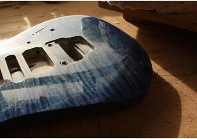 Chris-Larkin_Blue-Pointy-Thing_110101_010