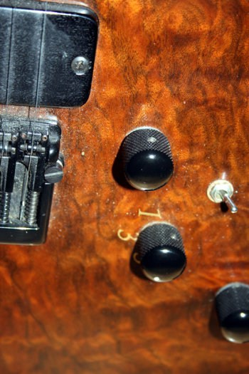 Chris-Larkin_Reacter-guitar_Cork_004